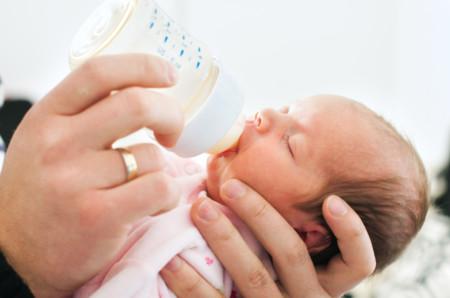 lactancia-mixta-beneficios-cantidades-biberon