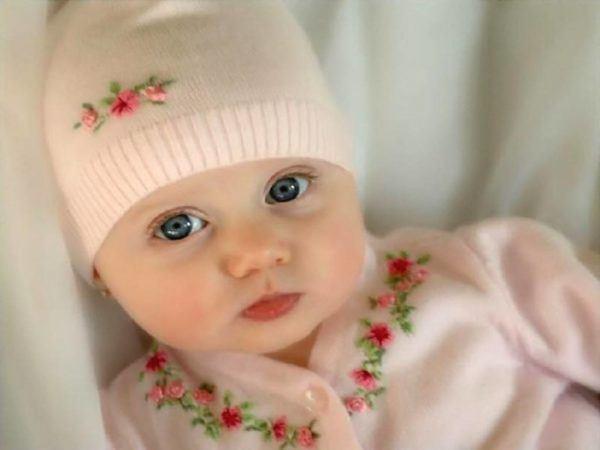 las-mejores-fotos-de-bebes-lindos-foto-bebe-con-gorrito