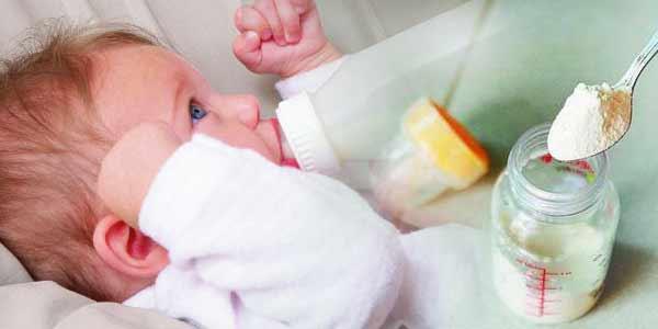 leche-de-formula-para-los-bebes-alimentación