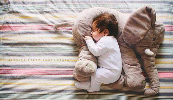 por-que-un-bebe-no-duerme-toda-noche-remedios