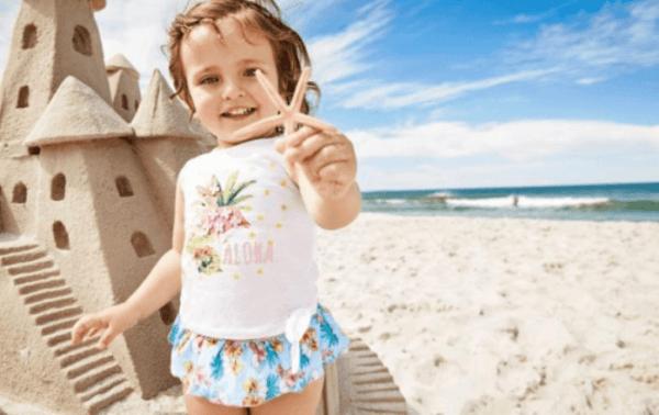 rebajas-prenatal-bebe-verano-moda-de-playa-niña