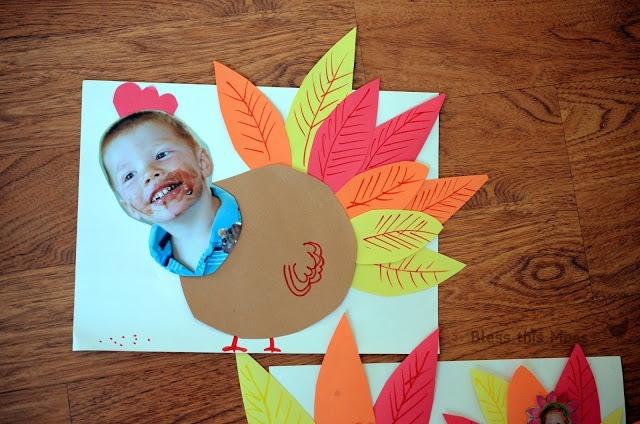 tarjetas-divertidas-de-accion-de-gracias-para-ninos-thanksgiving-day-tarjetas-de-pavo-hecha-con-una-foto