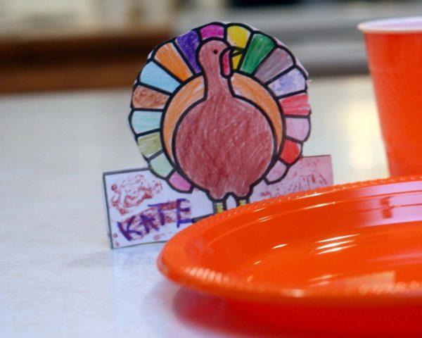 tarjetas-divertidas-de-accion-de-gracias-para-ninos-thanksgiving-day-tarjetas-de-pavo-para-la-mesa