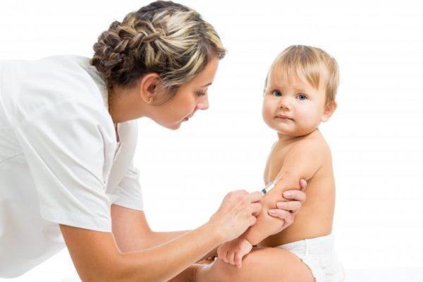 vacuna-de-la-varicela-a-que-edad-deben-vacunarse-los-ninos-riesgos