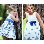 vestidos blancos y lazo azul