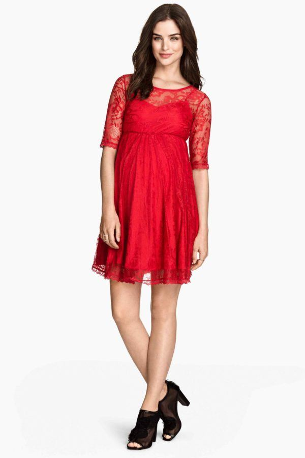 vestidos-de-fiesta-dia-y-noche-para-mujeres-embarazadas-2015-vestido-de-h&m-rojo-encaje
